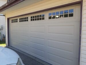 common size garage door